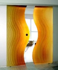 Установка стеклянных межкомнатных дверей
