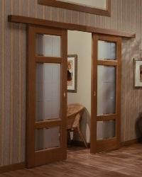 Установка межкомнатных дверей с раздвижной ситемой.