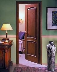 Профессиональная установка межкомнатных дверей в Броварах фото